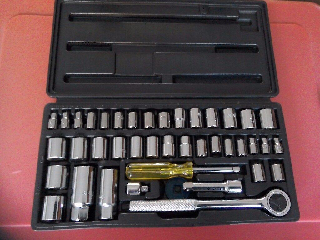 Car socket set