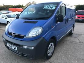 Vauxhall vivaro 2.5 cdti, Must be seen, Ideal day van/camper conversion!