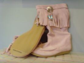 Ladies Pale Pink Suede Boots