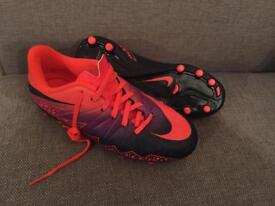 Nike child's football boots size 2 BN