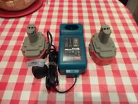 2 X MAKITA 18 VOLT BATTERIES AND CHARGER
