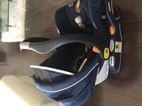 Chicco keyfit 30 car seat and base $60