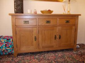 Cotswold solid oak dining suite