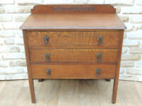 Vintage chest of 3 Drawers (Delivery)