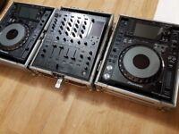 Pioneer CDJ 2000 Nexus inc flight cases mint condition perfect working order selling due to upgrade