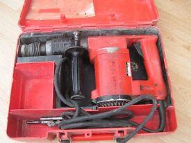 Hilti 110v hammer drill in case