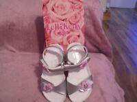 Lelli-kelli sandals size 9 brand new in box