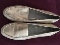 Gold All Leather Jigsaw Loafers. Size 40 (5 1/2)