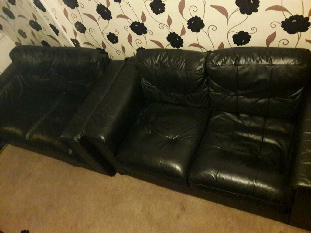 Black Leather Sofa x2 Sofas 2 seaters