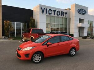 2013 Ford Fiesta SE One Owner, Accident Free, Automatic, Bluetoo Windsor Region Ontario image 5