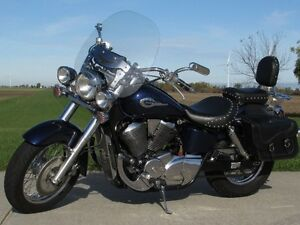 2002 honda Shadow Aero 750   Vance and Hines Exhaust  ONLY $20 w London Ontario image 2