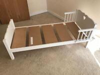 Toddler bed (suitable 3-6)