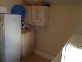 3 bedroom flat in City Road, Cardiff, CF24