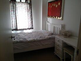SHORT TERM - single room to rent - near station- near Tower Bridge