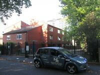 ONE BEDROOM STUDIO FLAT*FULLY FURNISHED*MODERNIZED*ALLOCATED PARKING SPACE*UNETT COURT SMETHWICK