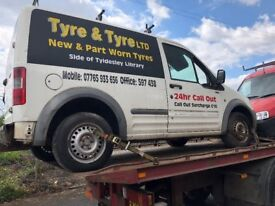 Breaking all parts available Ford transit connect 52 plate 1.8 TDDI