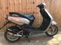 Yamahaneos 50cc scooter moped 12 months mot