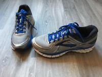 BROOKS Adrenaline Gts 16, Men's Running Shoes, sized 8.