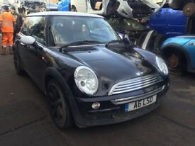 mini cooper 2003 1.6 petrol black 3dr Breaking For Spares