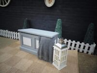 SOLID PINE FARMHOUSE BLANKET BOX PAINTED WITH LAURA ASHLEY PARIS GREY AND PALE DOVE COLOUR