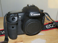 **CANON 7D MK1 BODY ONLY BOXED**
