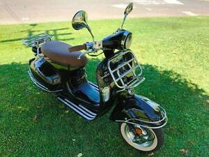 Znen Ves 125 Vespa Styled Scooter Mullaloo Joondalup Area Preview