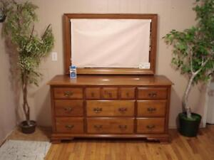 """Vilas"" Ladies Dresser"