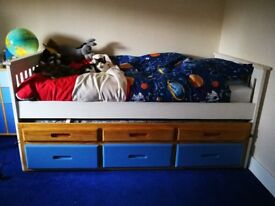 Single bed with trundle and drawers