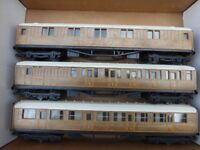 Hornby LNER Coaches