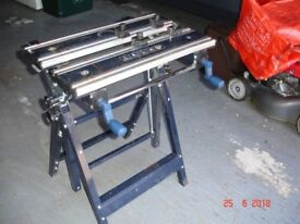 Portable folding work bench - MacAllister