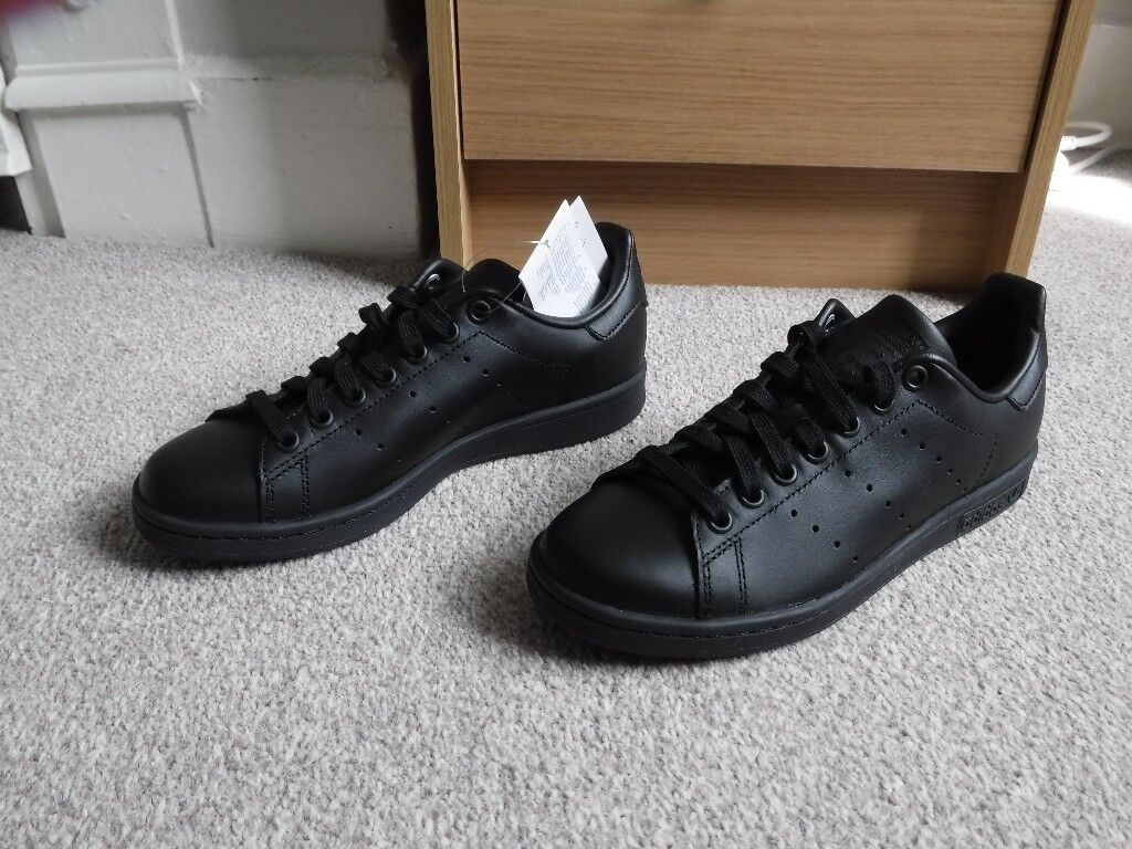reputable site 82a91 29a60 Adidas Originals Stan Smith trainers - Black size 5 | in Isleworth, London  | Gumtree