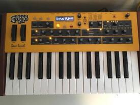 DSI Mopho keys analog monosynth