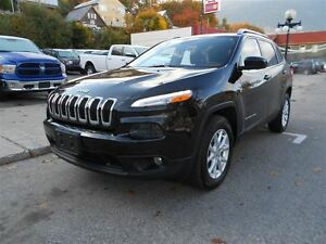 2015 Jeep Cherokee LATITUDE, HEATED SEATS & STEERING WHEEL