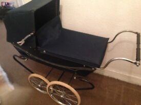 Dolls vintage coach built pram