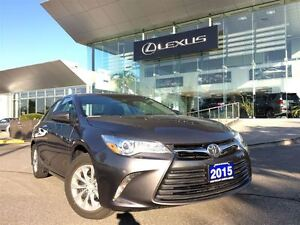 2015 Toyota Camry 1owners Btooth BUcam