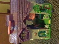 Little pony play house