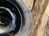 Wheel and tyre for Peugeot 208
