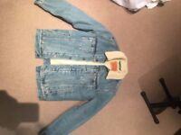 Mint condition Levi jean jacket with fur collar