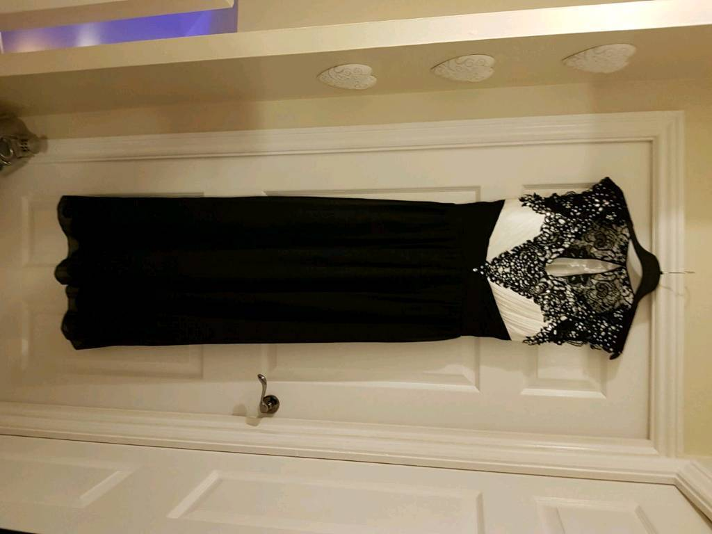 Quiz black and white full length evening dress size 16