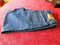 Mens Levi 505 Jeans 40x30.