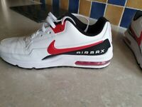 Mens Airmax trainers