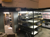 Large Cellar with storage, Shelfs and office space to let for only £300