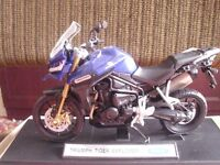 Truimph Tiger Explorer Motorbike Scale 1.18