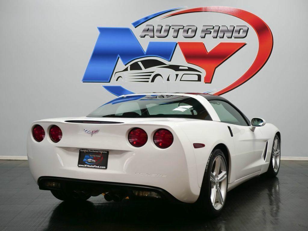 2005 White Chevrolet Corvette   | C6 Corvette Photo 6