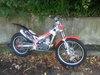 Beta rev-3 270 Trials bike 2008