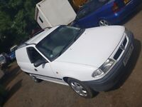 Clean and well maintained White Astra Van