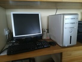 """PC Dell Inspiron 530 Windows 10, Tower, with 17"""" Flat Monitor, Keyboard & Mouse"""