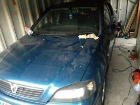 Vauxhall Astra 1.7 cdti starter alternator fuel injectors.ECU immobilliser and key