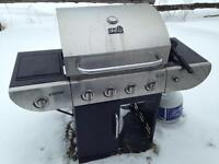 Used BBQ for sale !! Needs to go before the end of the month