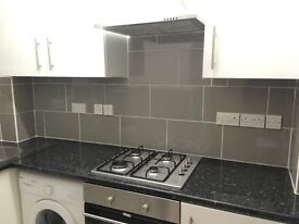 4 Bed Flat, Large living room, New Kitchen, Near elephant and castle station,